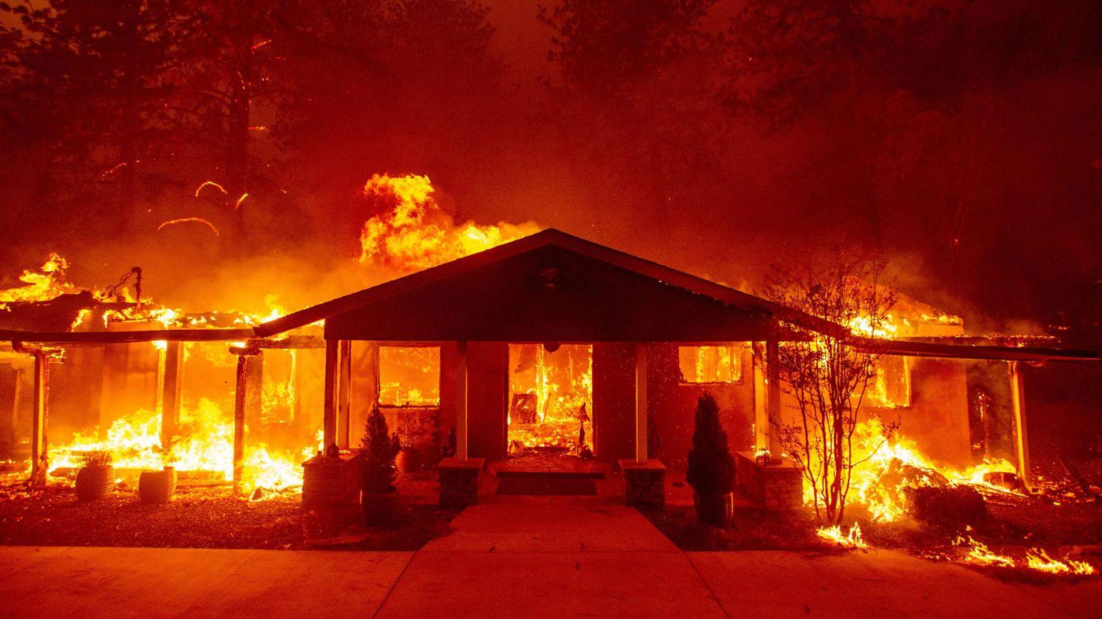 La residencia oficial del Presidente Maduro sale ardiendo en sospechosas circunstancias